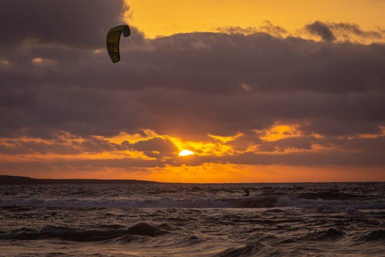 Kite sunset II