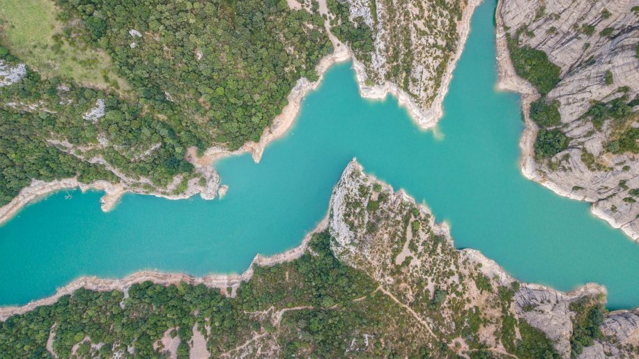 Zig-zag river