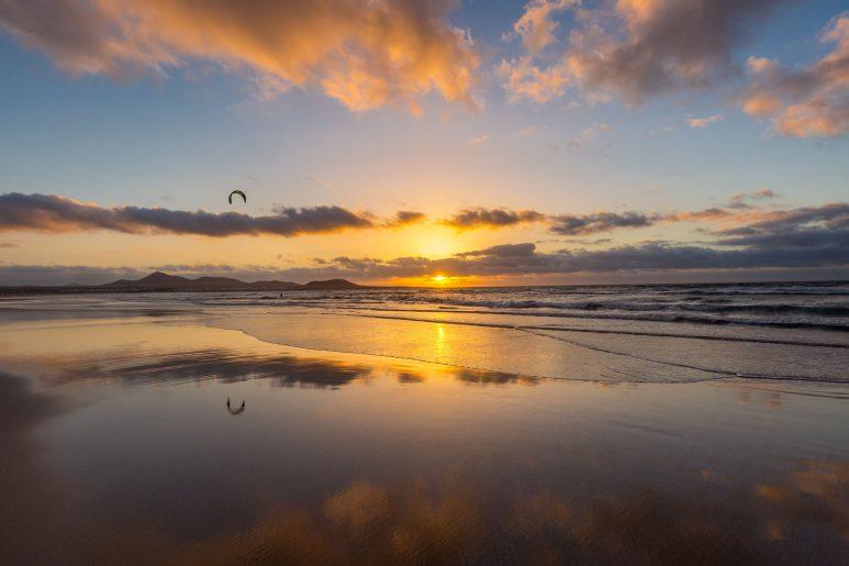 Kite sunset